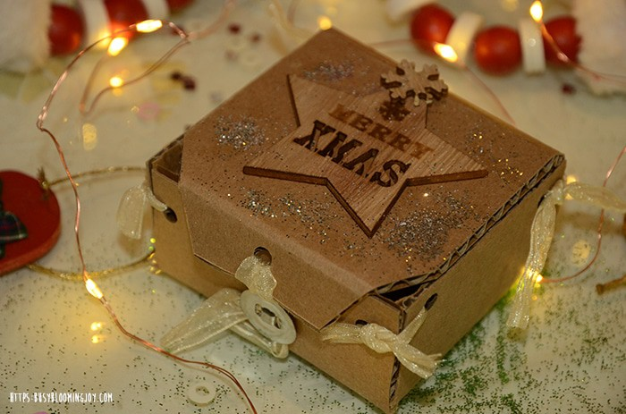 15 Simple And Stunning Gift Box Decoration Ideas