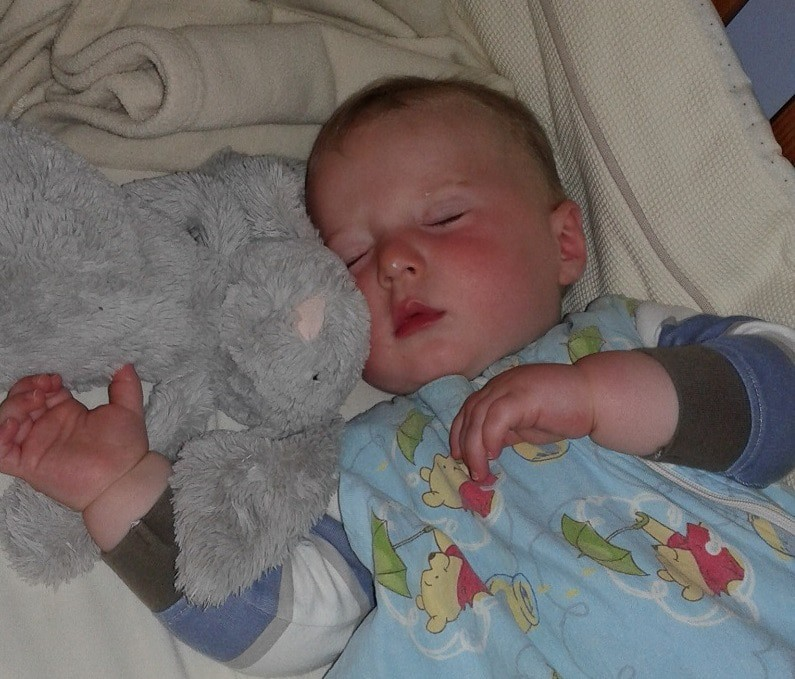 Baby sleep patterns become more similar into toddlerhood