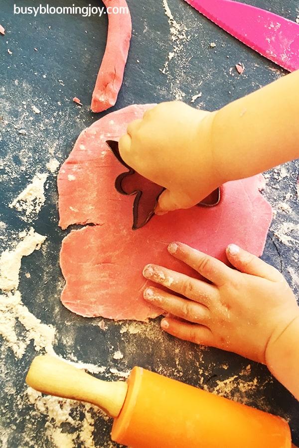 Cutting angel shape in salt dough craft