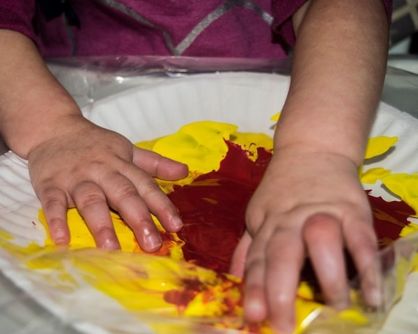Colour mixing pumpkin craft