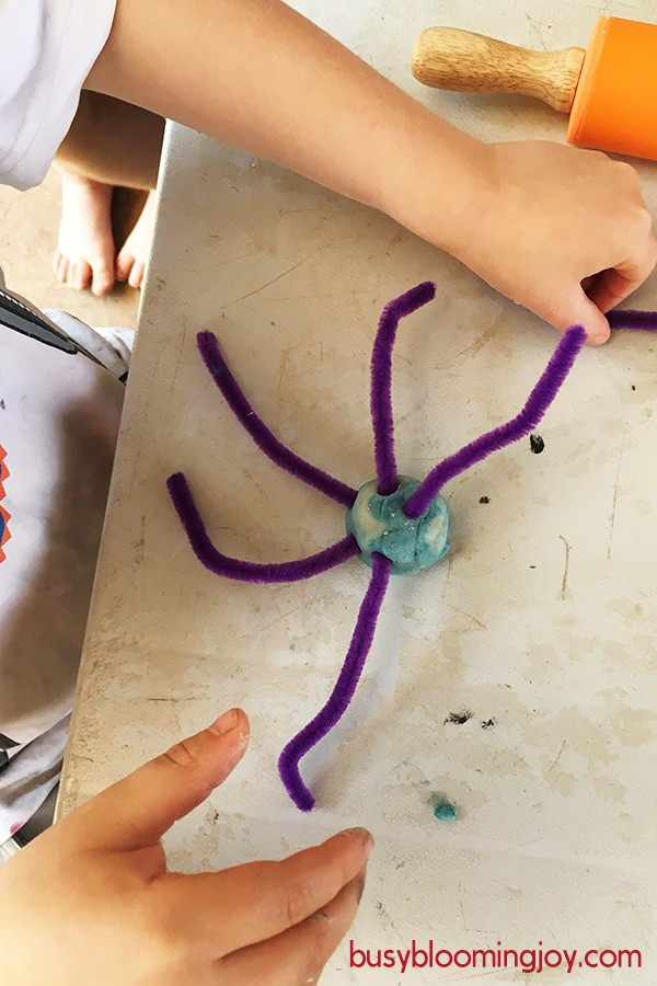 playdough pipe cleaner spider making it