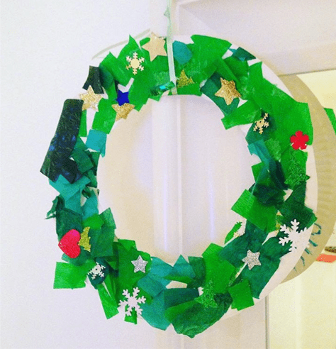learnandplay4kids Christmas wreath craft for toddlers
