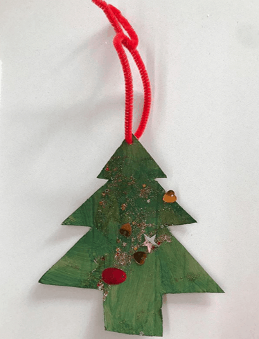 daily_dose_of_activities easy Christmas tree ornament for toddlers and kids