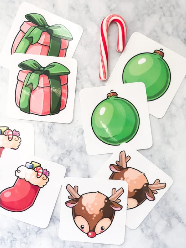 MAtching Christmas game for older toddlers and preschoolers