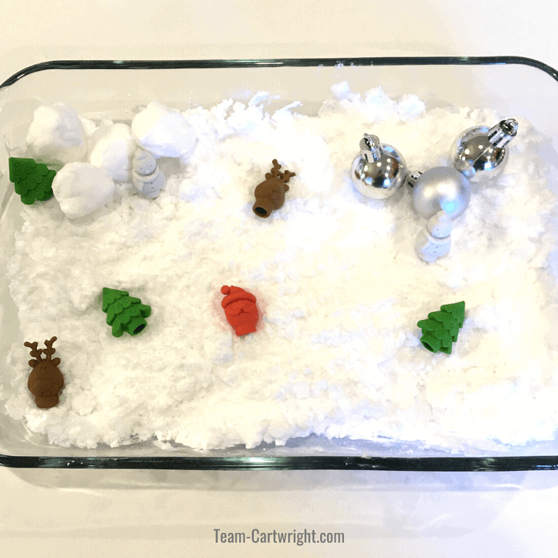Christmas snow sensory bin is a fun Christmas activity for toddlers & preschoolers