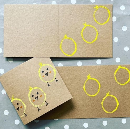 TP stamped Easter card ideas for kids from @tufflove_and_sensoryplay