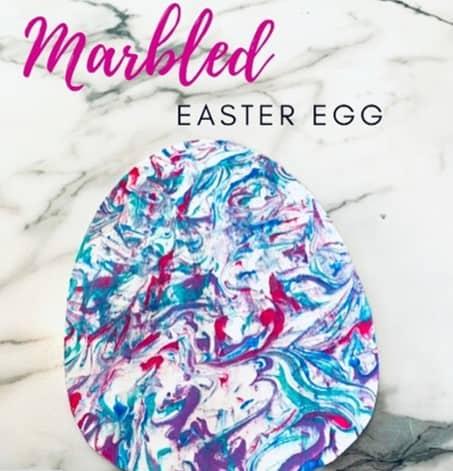 Marbled Easter egg artworkcraft from @allthingsroar