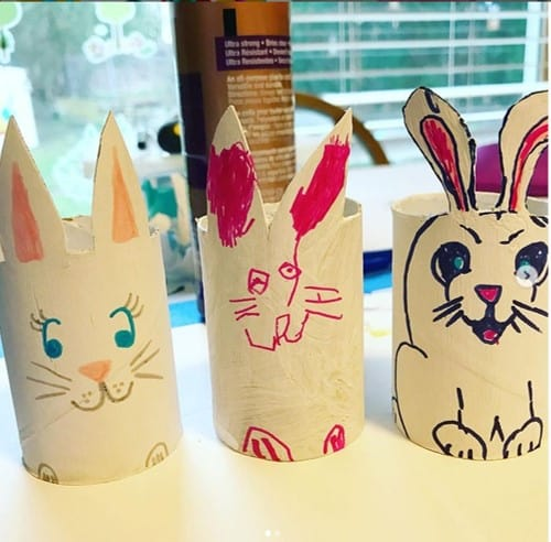 TP Easter bunny craft from @pictureparents