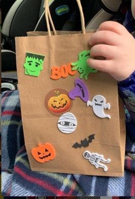 TODDLER Halloween party ideas diy treat bag